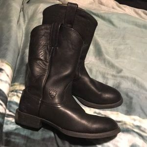Frye black leather boots ariat
